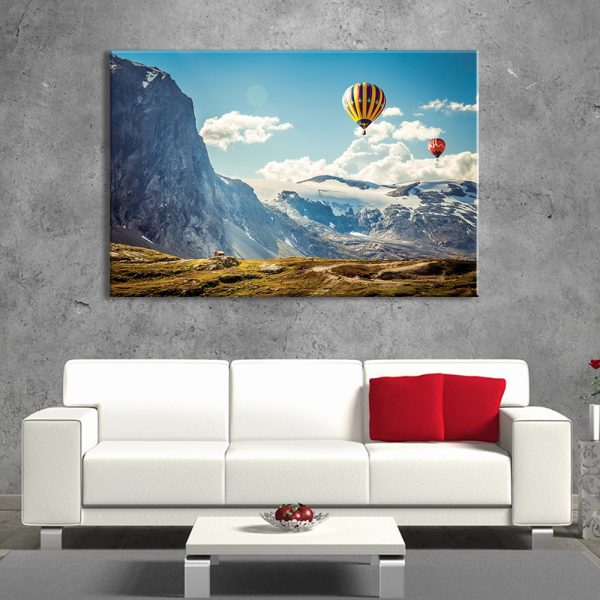 Foto op canvas van natuur, luchtballonen en bergen