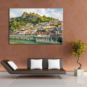 Muurdecoratie met canvas foto van stad aan de heuvel